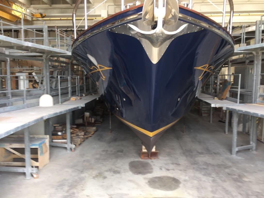 Morgan Yacht 70 hull