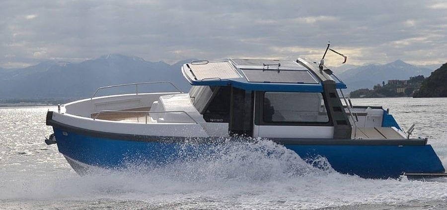 Hybrid boats Ethos EC 30