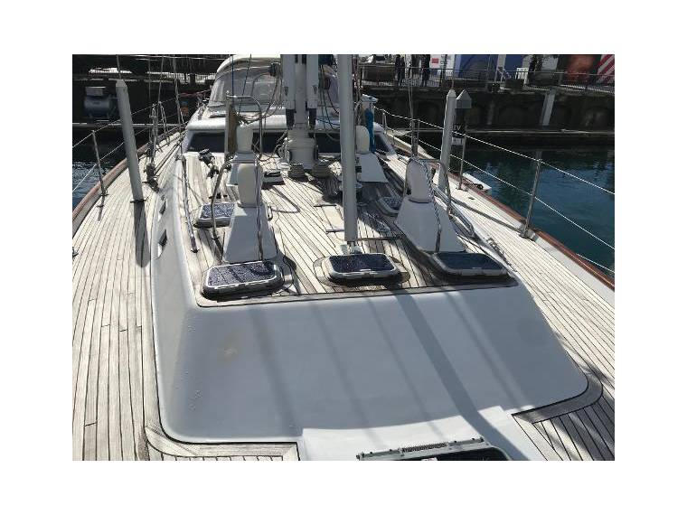 Oyster yacht 68 for sale